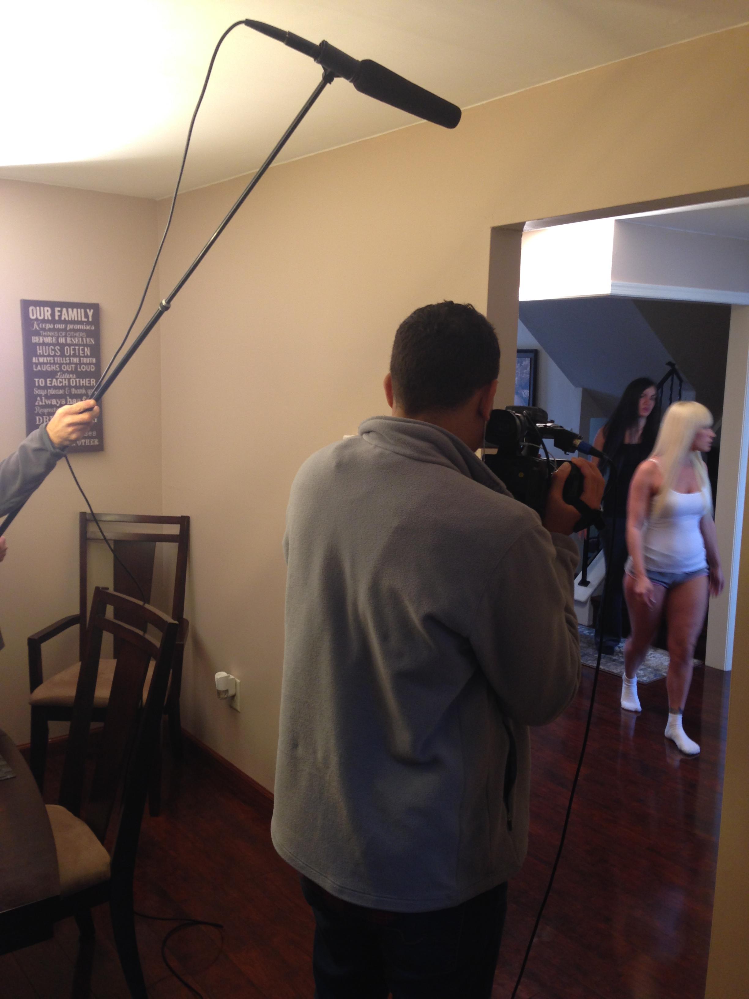 behind scenes 00